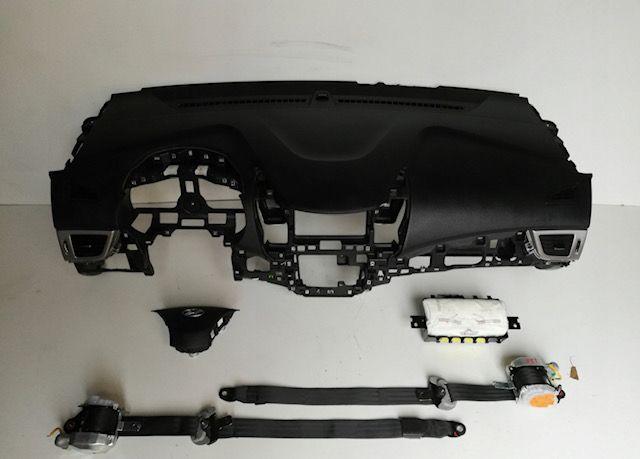 Hyundai i30 cintos airbags tablier