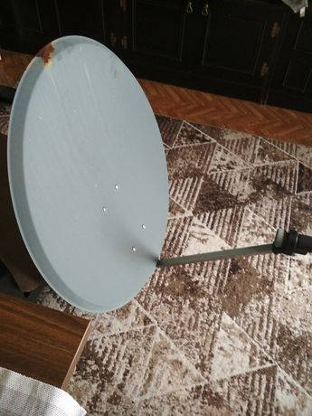 Antena satelitarna 80 cm z