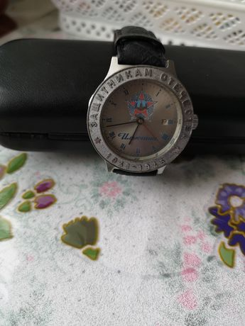 Продам годинник механічний