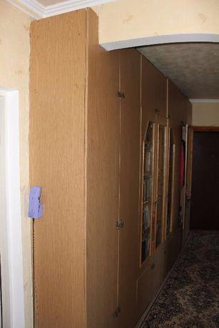 Доглянута б/в шафа для коридору 43х388х248