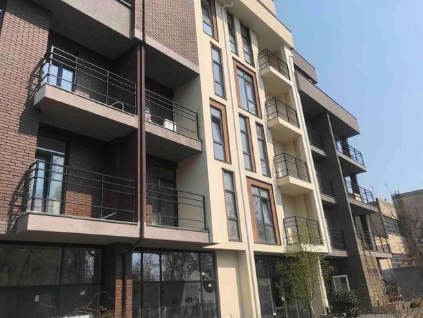 2-я квартира на Вузовском с кухней 18 мет.Свое отопление-Аога+панорама