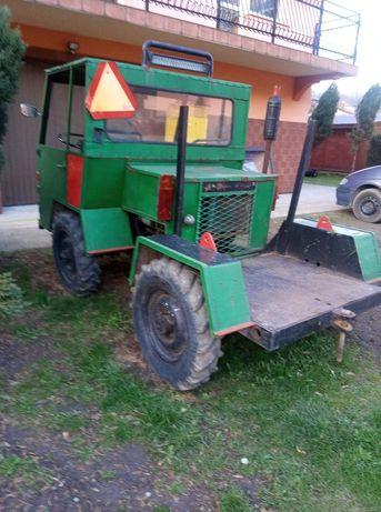 Traktor sam 4x4 reduktor