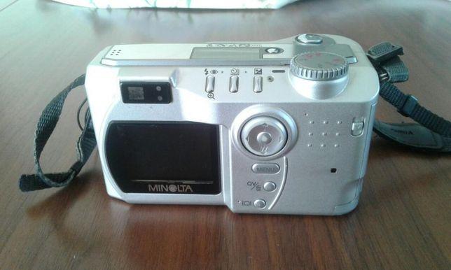 Aparat fotograficzny Konica Minolta Dimage S414
