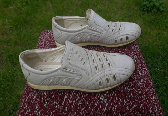 Мешти взуття фірми MAIERFA 35р,босоніжки 36р