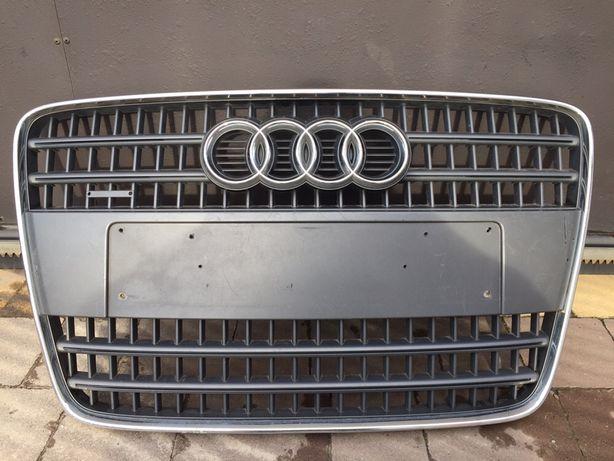 Центральна решітка Audi Q7 4L(Ауді,Ауди,Ку7,4Л,Центральная решотка)