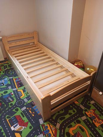 Łóżko drewniane pojedyncze