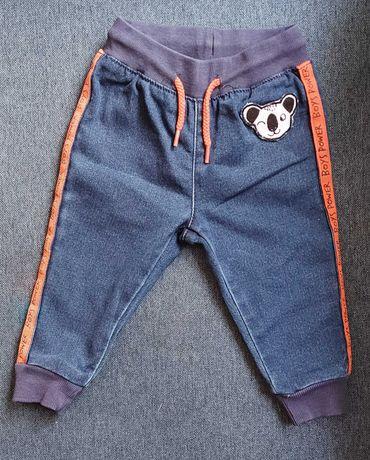 Spodnie jeansowe 5.10.15 z pandą, rozmiar 74