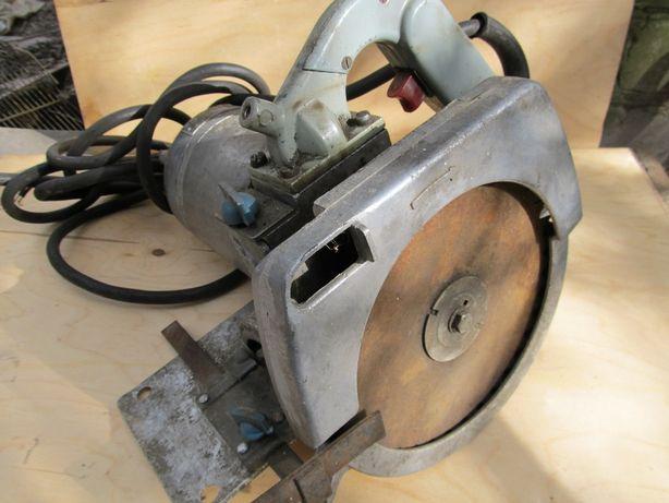 Пила ручная электрическая дисковая с редуктором ИЭ5102В