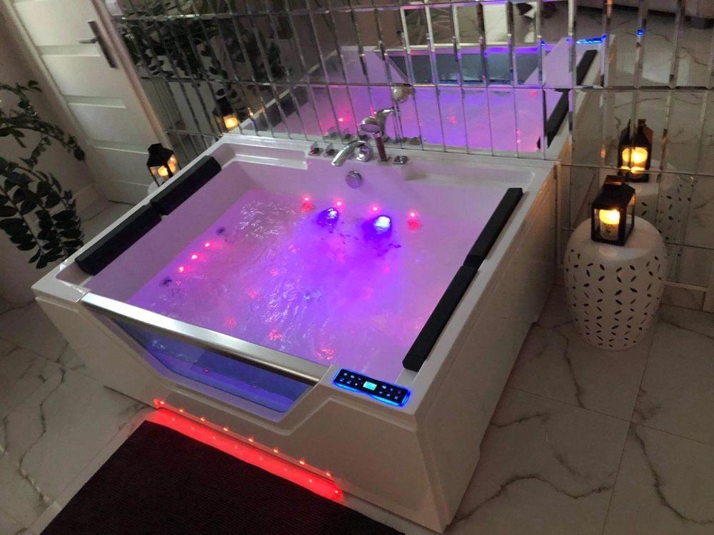 Romantyczny apartament silver sauna jacuzzi zaręczyny rocznice