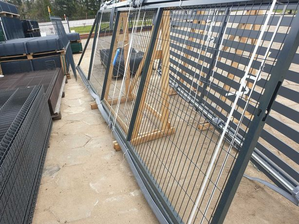 Brama panelowa przesuwna uniwersalna 1,50x4 m