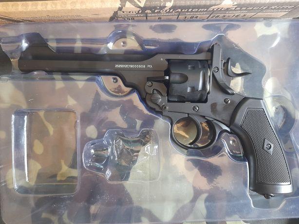 Revolver para airsoft.Full metal. (Co2)