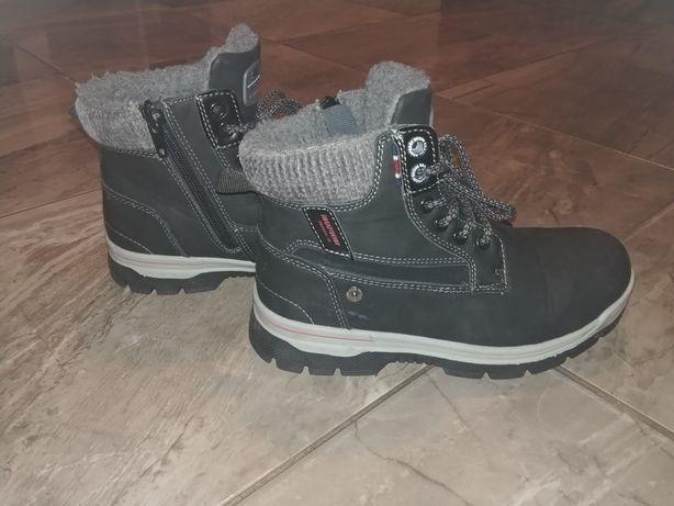 nowe zimowe buty na chłopca 33