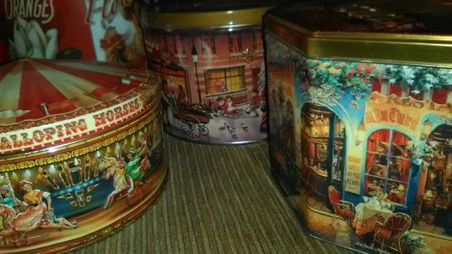 Raras caixas metalicas decorativas de Natal