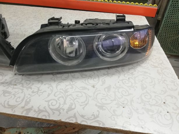 Lampy Reflektory przód lewa prawa BMW E39 LIFT / Po regeneracji / Xeno