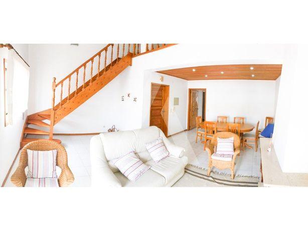 Apartamento Duplex T1+2 com Vista mar, na praia da Barra!!