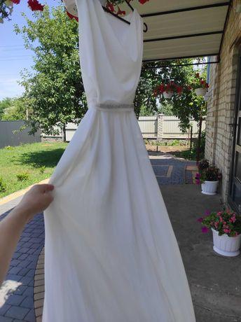Плаття,сукня біла