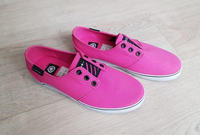 NOWE buty CIRCA damskie slip on rozm 37 różowe pink skate na deskę
