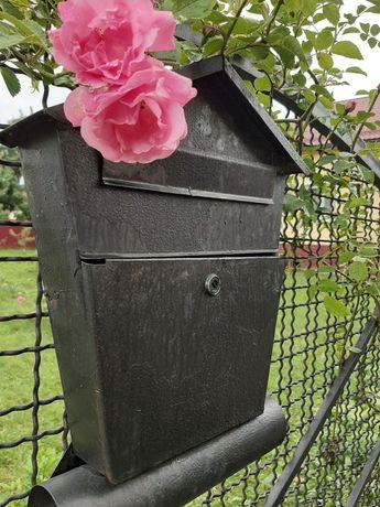 Ящик для газети