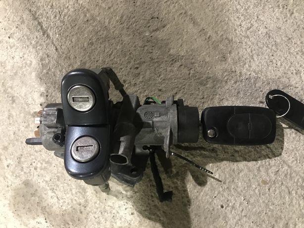 Stacyjka 2 wkładki kluczyk