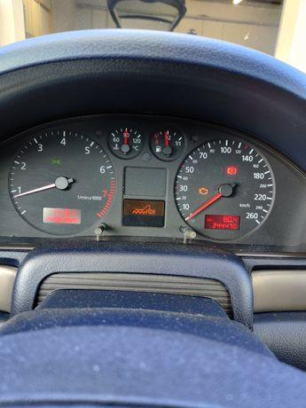 Licznik a4 b5 2000 benzyna 1.8t pół fis