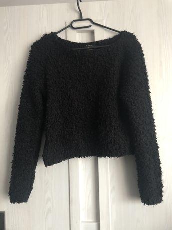 Sweter crop czarny futrzak only