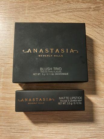Anastasia beverly hills - róże do policzków i szminka