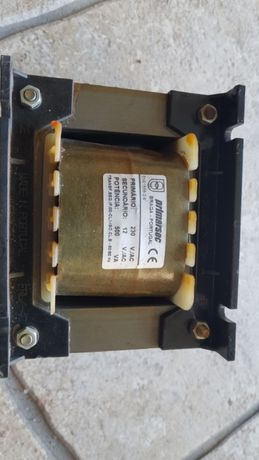 Transformador 230 volts AC para 12 V AC