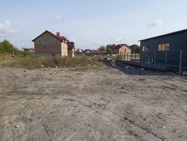 Продаж землі (ділянки) у с.Малехів (біля готелю ''Варшава'')