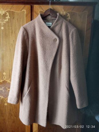 Новое пальто фирмы Mark&Spencer большого размера UK22/Eur50