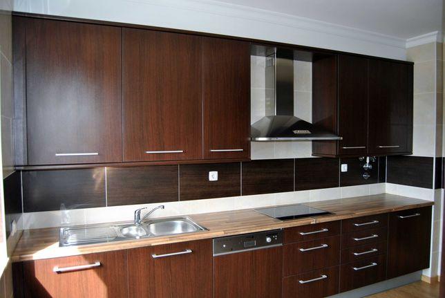 Arrenda-se ao Ano Apartamento T2 - Quinta João de Ourém