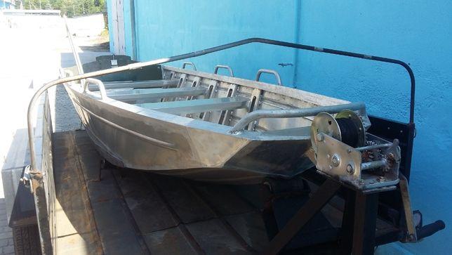 Лодка алюминиевая для мелководья