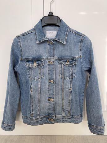 Джинсовая куртка Zara на девочку 10 лет