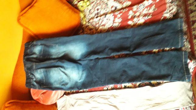 Leginsy, spodnie   38, 40