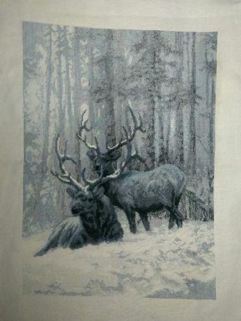 Картина крестом Олени в зимнем лесу