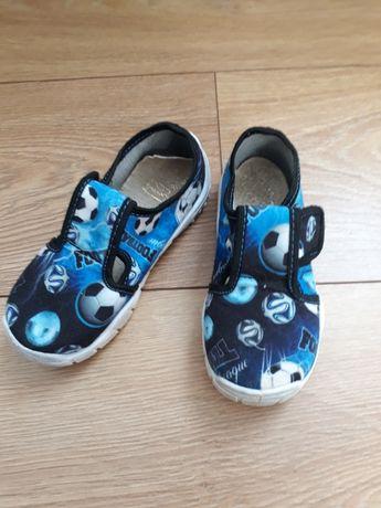 Pantofle rozm. 26