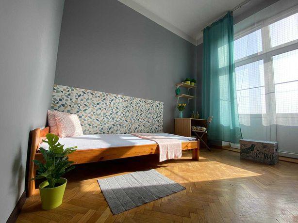 Miejsce w pokoju 2 os z balkonem dla CHŁOPAKA nowy kleparz-AGH,PK, UJ!