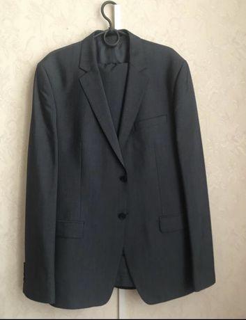Классический брючный костюм мужской