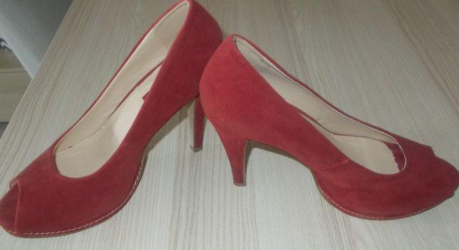 Buty zamszowe Jennifer roz.39 na platformie - czerwone / burgund