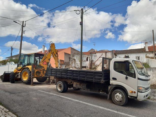 Serviços de terraplanagens e camião