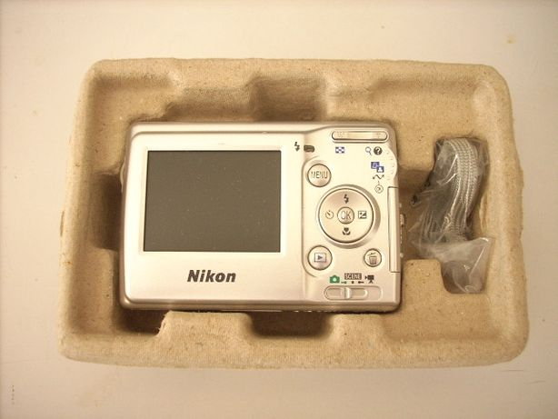 Máquina Nikon digital Coolpix L10