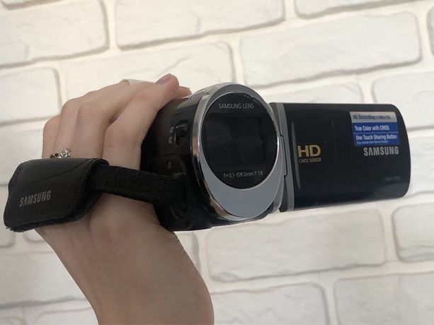 Kamera samsung HMX-F90