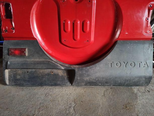 Klapa tył osłona Toyota Rav 4 I 94-00 osłona klapy tył