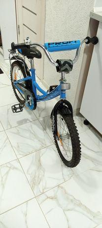 Продам детский велосипед , диаметр колёс 16