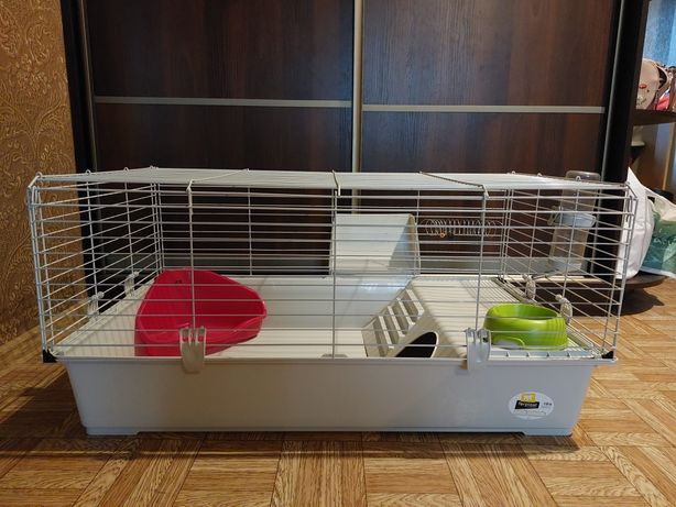 Клетка для кролика Ferplast 100 , б/у