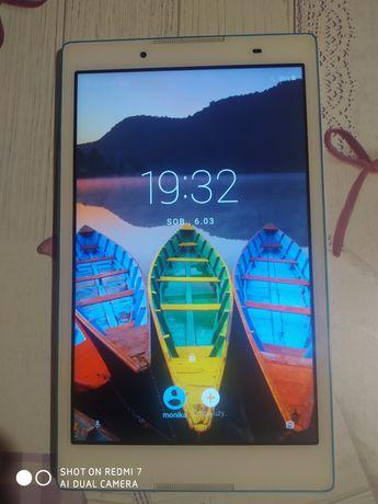 Tablet Lenovo Tab3 8.
