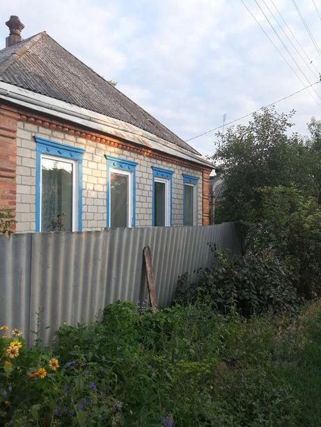 Дом на берегу реки в Печенегах