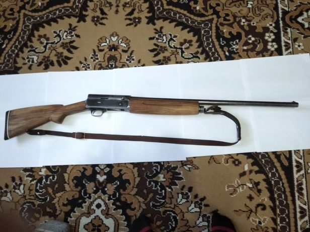 Продаеться колекционое охотниче ружье Браунинг а 5