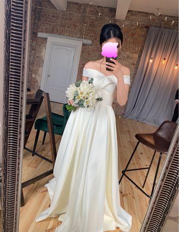 Очень срочно!!! Свадебное платье