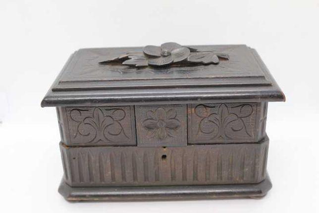 Cofre guarda joias teca entalhada motivos vegetalistas várias caixas