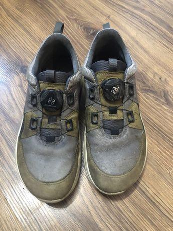 Skórzane buty ECCO 34